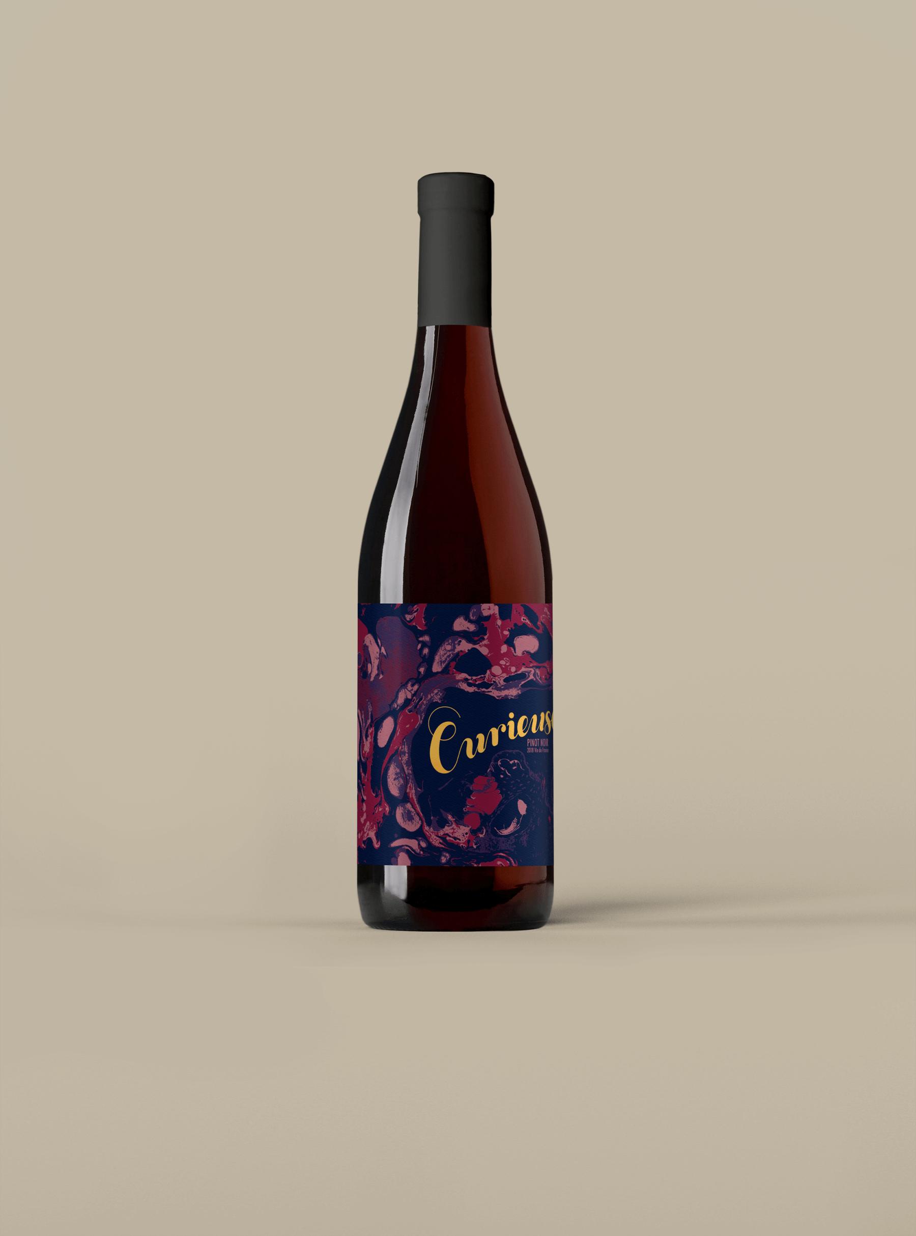 Curieuse Vin de France Pinot Noir
